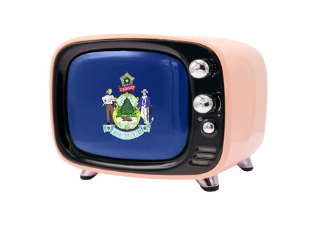 The retro old TV is isolated against a white background with the flag State of Maine 免版税图像