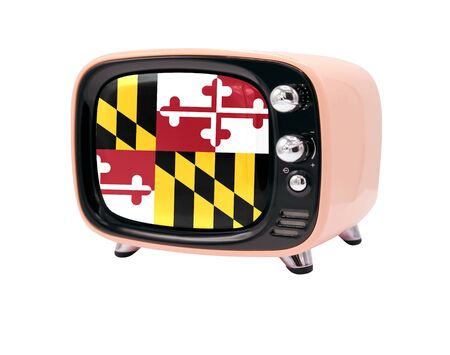 The retro old TV is isolated against a white background with the flag State of Maryland 免版税图像