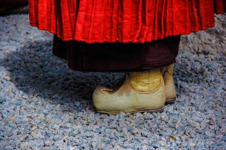 artefacts: lama tibet
