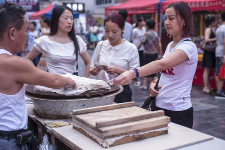 street vendor: Street vendor