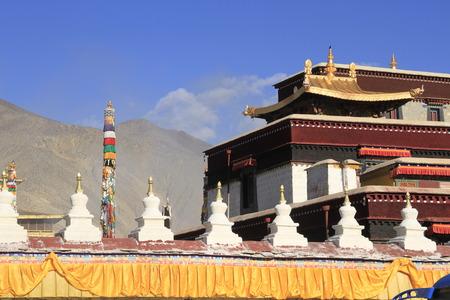 린지 (Linzhi)의 종교 유적지