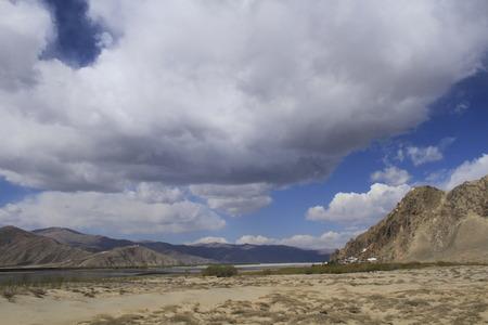 Lago blu Archivio Fotografico - 83595052