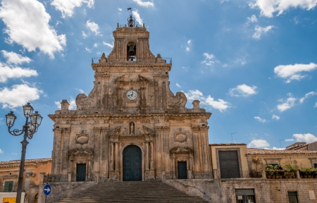 パラッツォーロ ・ アクレイデの教会 写真素材