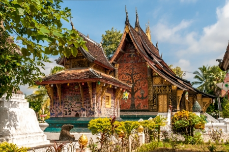 thong: Wat Xieng Thong - Luang Prabang Stock Photo