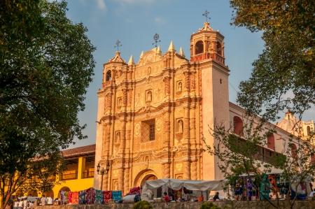 サン ・ クリストバル ・ デ ・ ラス ・ カサス - サント ・ ドミンゴ教会