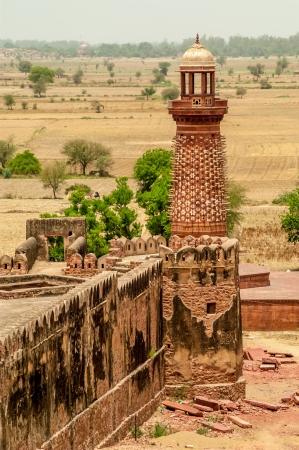 fatehpur: Old Elephant Tower in Fatehpur Sikri