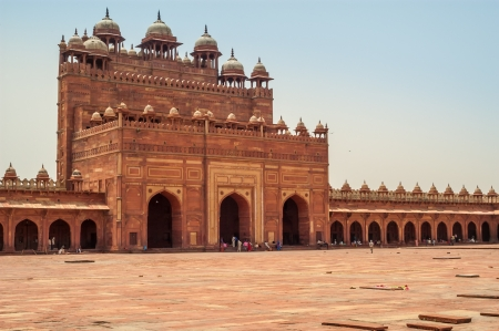 fatehpur sikri: Fatehpur Sikri - Courtyard Palace with Tombs Stock Photo