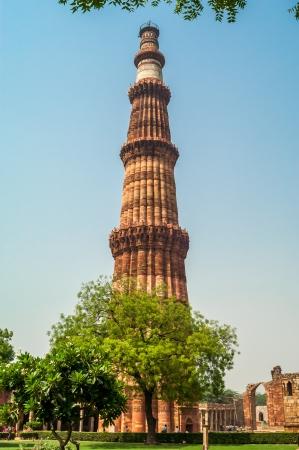 minar: Qutub Minar Tower in Delhi