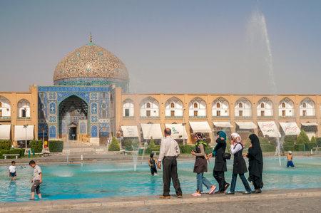 safavid: Sheikh Lotfollah Mosque - Esfahan
