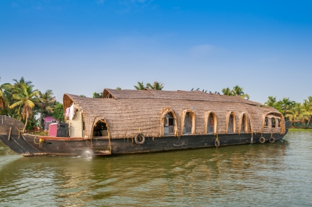 alappuzha: Voyage in Aleppey Channels