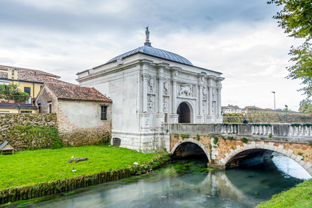 treviso: TREVISO,ITALY - SEPTEMBER 13,2014 - Gate to old city of Treviso. Treviso stands at the river Sile in region Veneto. Editorial