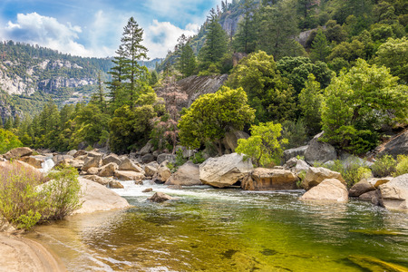 merced: Yosemite National Park Merced River