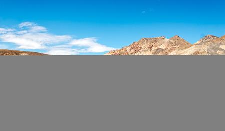 fallecimiento: Monta�as en el valle de la muerte de California  Foto de archivo