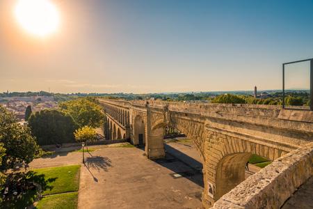 水道橋聖クレメント フランス モンペリエで 写真素材