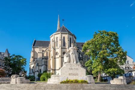 saint martin: Church of Saint Martin with War Memorial in Pau, France Stock Photo