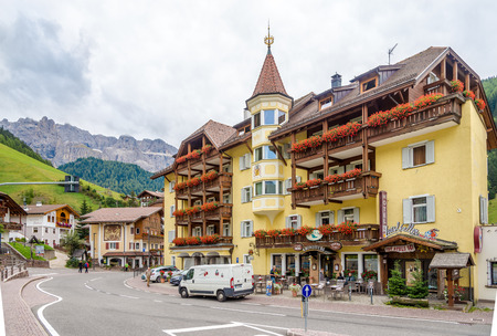selva: SELVA VAL GARDENA,ITALY - SEPTEMBER 16,2016 - In the streets of Selva Val Gardena. Selva is a comune in the Val Gardena in South Tyrol.