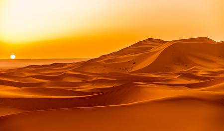 erg: Sunrise over the sand dunes of Erg Chebbi in Sahara - Morocco Stock Photo