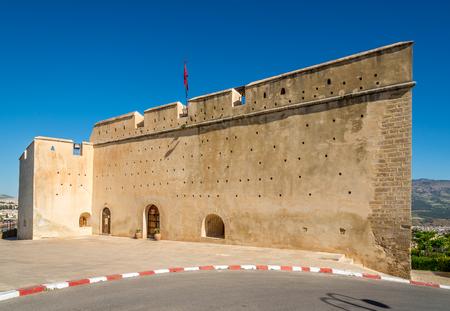 Blick auf die Festung Borj Sud in Fez - Marokko Standard-Bild - 77595193