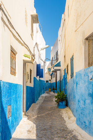 Auf der Straße Kasbah der Udayas in Rabat - Marokko Standard-Bild - 79007628