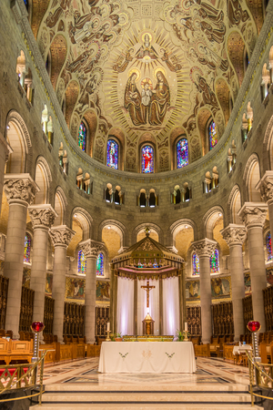 BEAUPRE,CANADA - JUNE 17,2018 - View at the choir of Basilica Sainte Anne de Beaupre. The basilica is known as a place of miracles. Редакционное