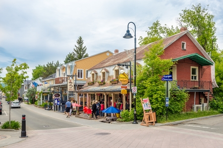 BAIE SAINT PAUL,CANADA - JUNE 17,2018 - In the streets of Baie Saint Paul. Baie Saint Paul is a city in the Province of Quebec in Canada 報道画像