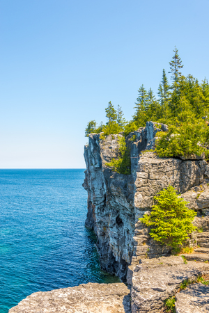 View at the edge of Indian Head Cove in Bruce Peninsula National Park, Canada