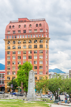 VANCOUVER,CANADA - JULY 6,2018 - View at the Victory square with Cenotaph in Vancouver. Vancouver is a coastal seaport city in western Canada, located in British Columbia. Sajtókép