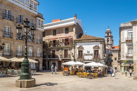 VIGO, SPAGNA - MAGGIO 14,2019 - Nelle strade di Vigo in Spagna. Vigo è la capitale della contea di Vigo e dell'area metropolitana di Vigo.