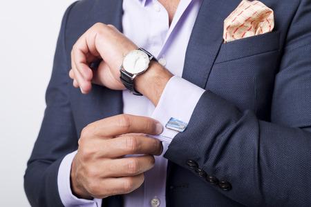 Le style de l'homme. s'habiller costume, chemise et poignets Banque d'images - 31179713