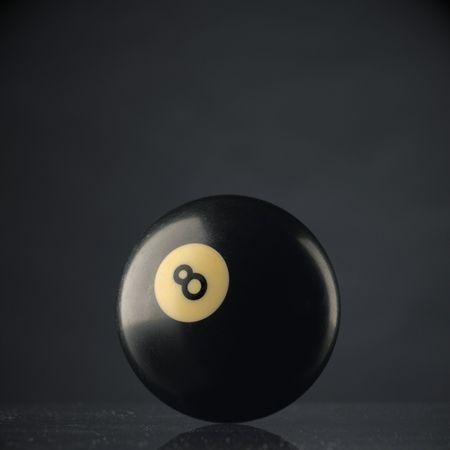 bola ocho: bola del billiard ocho