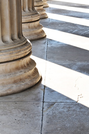roman pillar: Columns