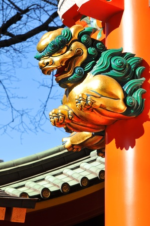 Architectural detail of traditional Japanese temple in Asakusa, Tokyo Stock Photo - 13065378