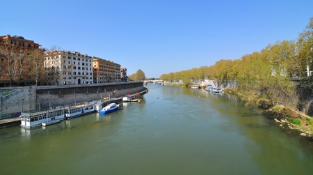 tiber: Tiber river in Rome, Italy