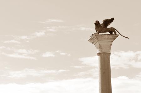 winged lion: Venecia le�n