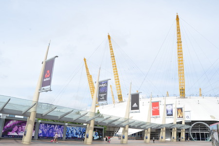 o2: LONDON, UK - AUGUST 21, 2010: Modern architecture of the O2 Arena in London