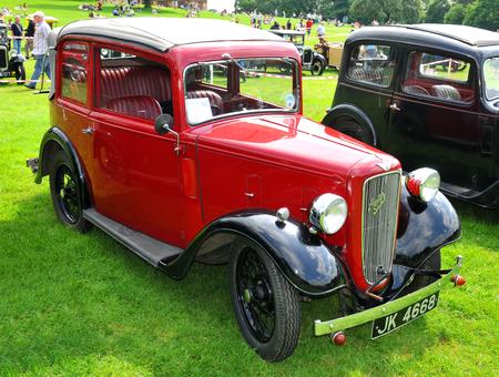 car grill: NOTTINGHAM, UK. JUNE 1, 2014: Austin retro car displayed at the vintage car fair in Nottingham, England. Editorial