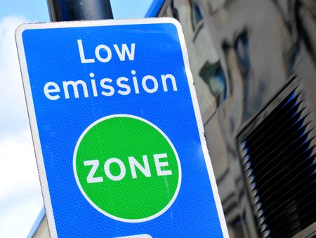 Low emission zone 版權商用圖片 - 43337535
