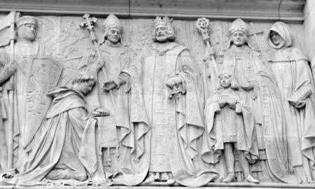 derecho romano: bajorrelieve antiguo en Londres, Reino Unido