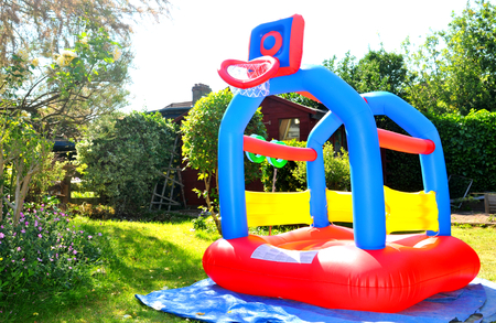 brincolin: Colorful bouncing castle in the garden
