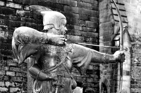 robin hood: NOTTINGHAM, UK - APRIL 1, 2015: Architectural detail of the castle in Nottingham with Robin Hood statue