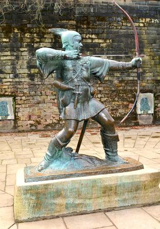 robin hood: Robin Hood statue at the Nottingham Castle, England Editorial