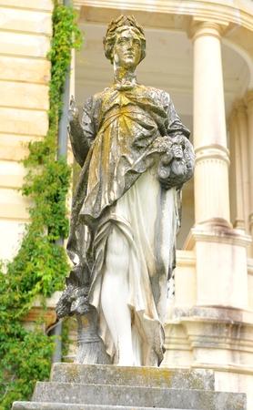 depicting: Old statue depicting Roman goddess
