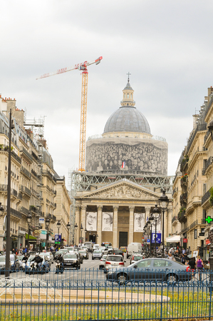 city traffic: Paris, France - July 7, 2015: Parthenon is a major landmark in the in the Latin Quarter in the French capital city now under construction. Editorial