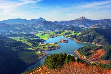 view of Urkulu reservoir in Basque Country Standard-Bild