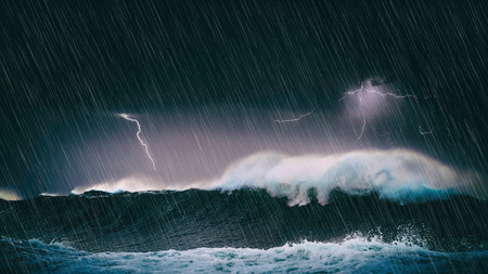 thunderstorm in the sea with big waves and lightning Imagens