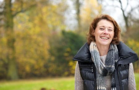 dentudo: Dentudo sonrisa hermosa de una mujer feliz