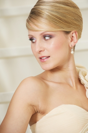 Close up portrait of a beautiful bride looking away and smiling Stock Photo - 17662628