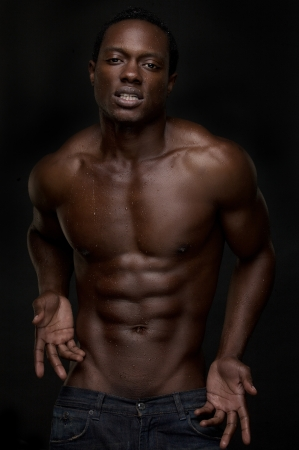 nude abs: Portrait of a sexy african american man