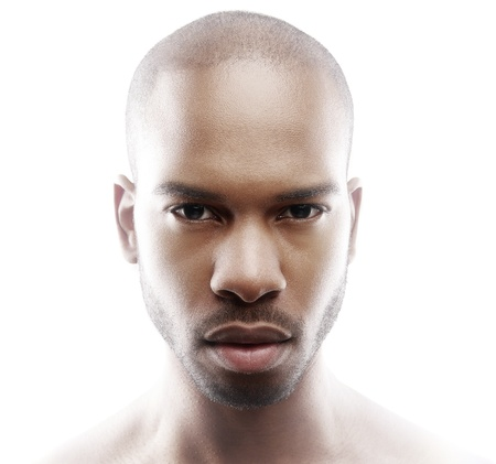 男性モデルのファッション肖像画を間近します。