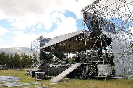 Outdoor festival concert hoofdpodium opgezet